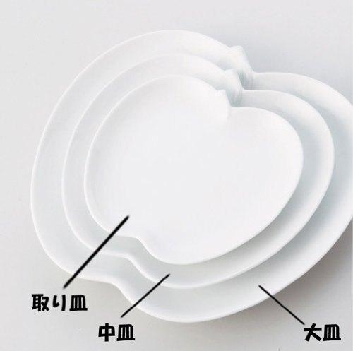 日本陶瓷 小田陶器 中 蘋果盤 apple~日本製餐盤 白瓷盤 水果盤 器皿 陶瓷 餐具 盤子 碟子