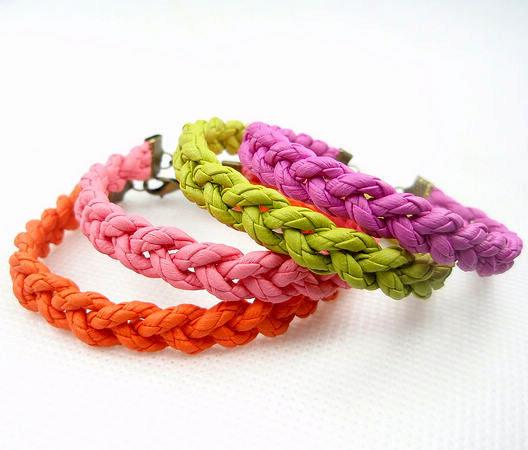飾品 純手工制作 超精美繽紛彩色皮繩編織麻花手鏈 4色