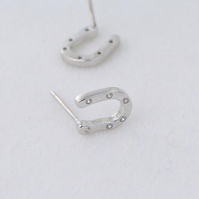 925純銀耳環鑲鑽耳飾-時尚個性極簡U型生日情人節禮物女飾品73jc17【獨家進口】【米蘭精品】