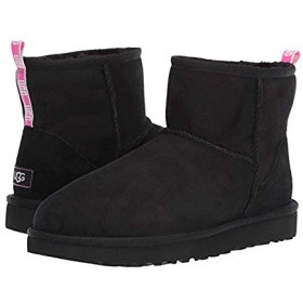 [アグ] レディースブーツ・靴 Classic Mini II Graphic Logo Black/Neon Pink (22cm) B - Medium [並行輸入品]
