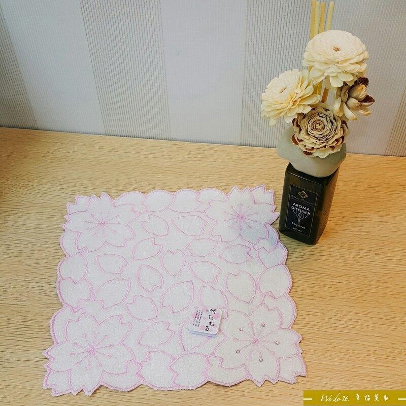 櫻花造型手帕-白色