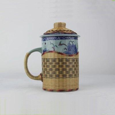 【瓷胎竹編-青花茶杯-直徑7*高14cm-1款/組】竹與瓷結合特色竹編手工藝品非遺禮品兩款可選-35005