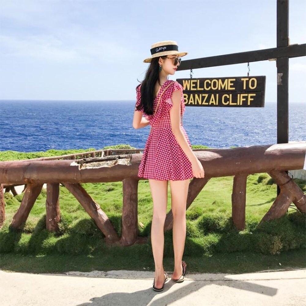 泳衣女連體保守裙式紅色格子小清新大碼修身遮肚泡溫泉學生 錢夫人小鋪