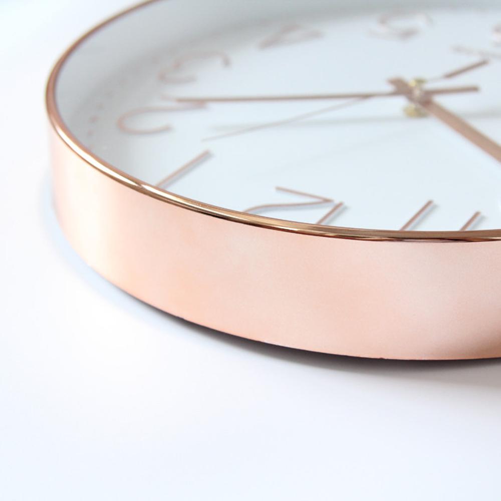 鐘錶掛鐘客廳現代簡約石英掛鐘辦公創意個性靜音圓形家用電子時鐘DF
