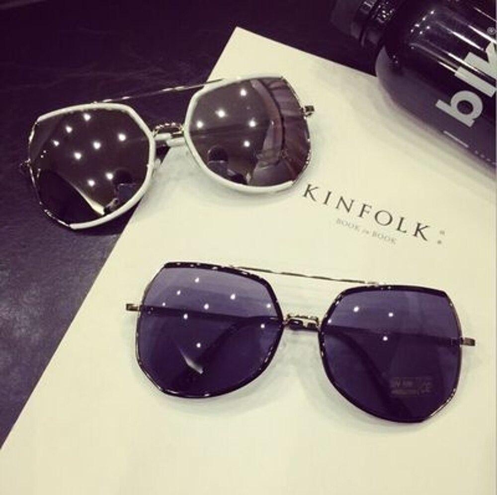 ✤宜家✤新款時尚太陽眼鏡2 複古反光潮墨鏡(超大鏡框) 今夏不可或缺~~