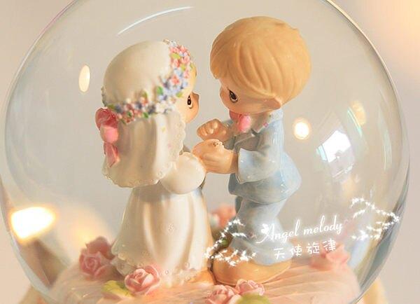【音樂不同】浪漫結婚禮物旋轉飄雪花水晶球
