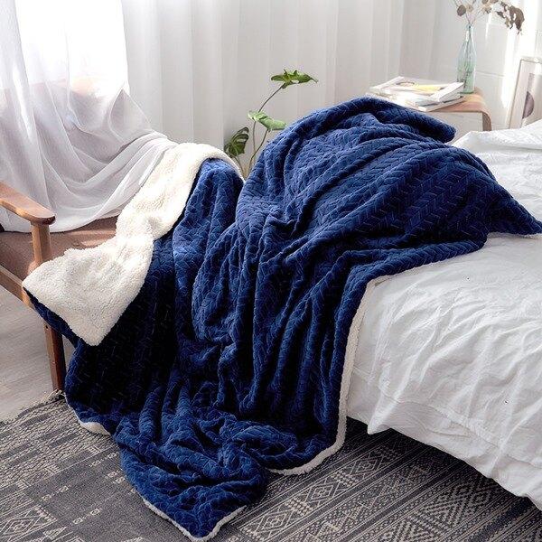 日式麻花剪緹花-加厚法蘭絨x羊羔絨雙面保暖毯|冬被|暖暖被(150x200cm)【自信藍】