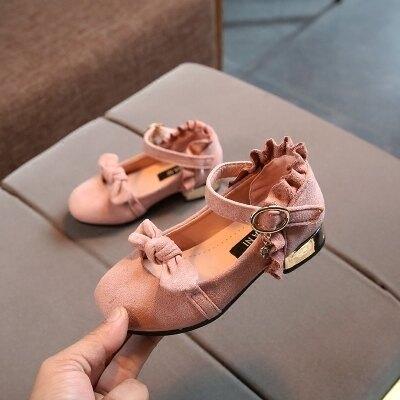 女童皮鞋寶寶鞋公主鞋女孩小高跟珍珠黑色演出鞋潮   居家物語