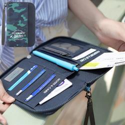 m square 短版手挽護照夾紀念版