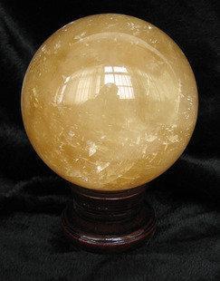 黃水晶球擺件直徑11cm