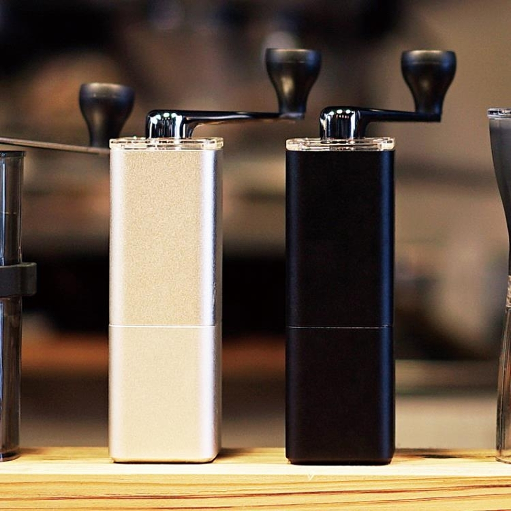 咖啡機 日本HARIO陶瓷磨芯鋁合金制手搖咖啡磨豆機手動研磨機 MSA 韓菲兒 母親節禮物
