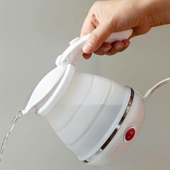 燒水壺 歐洲旅行可折疊小容量0.5L食品級硅膠電熱燒水壺220V國家通用 年會尾牙禮物