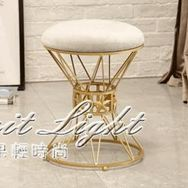 化妝凳 ins凳子時尚化妝凳梳妝凳創意北歐小登歐式臥室公主現代簡約椅子 果果輕時尚NMS