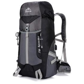 JUNNA ハイキングバックパック メンズ・レディース 超軽量USB充電屋外バックパック登山バッグスポーツバックパック防水 旅行 大容量 軽量防水 キャンプ アウトドアバッグ (Color : Black)