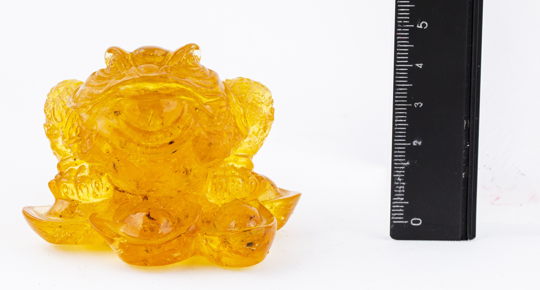 琥5-發財黃金琥珀蟾蜍