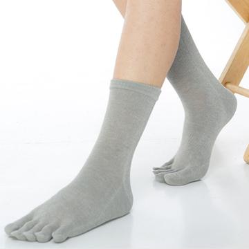 【KEROPPA】可諾帕吸濕排汗竹炭保健1/2五趾男襪x2雙C90009-灰色