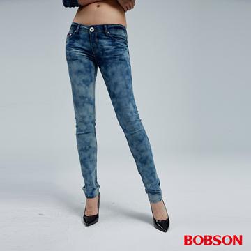 【BOBSON】女款雲霧狀水洗小直筒褲(8072-58)