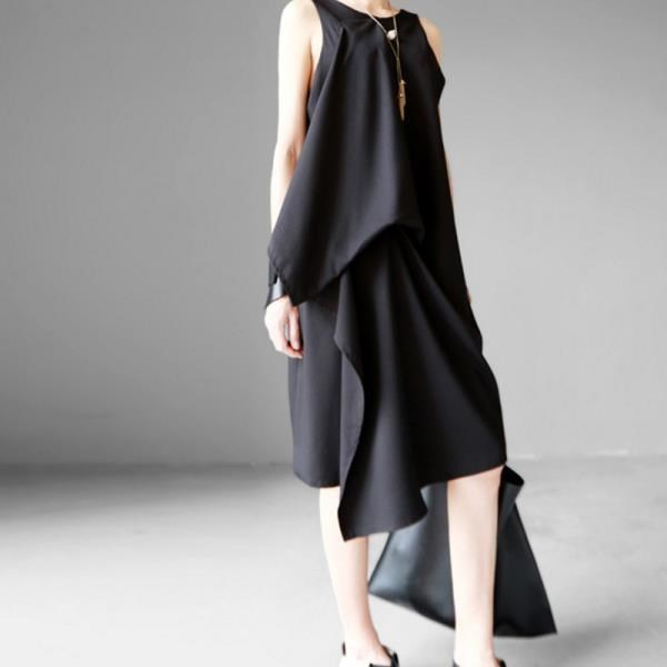 《D'Fina 時尚女裝》 A字顯瘦 層次感不規則剪裁無袖洋裝 (3色)