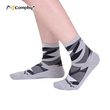 【Comphy+】三角幾何短襪-丁香灰-抑菌除臭科技機能休閒襪