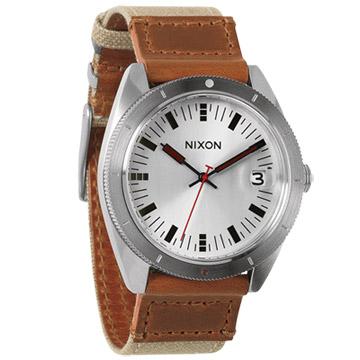 NIXON The ROVER II 風潮蔓延時尚運動腕錶(卡其銀)