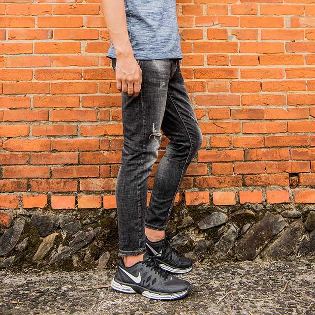 【SCORPION】黑色合身牛仔褲