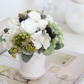 le vin blanc(ヴァン ブロン)プリザーブドフラワー ホワイト グリーン 結婚祝い・誕生日・記念日