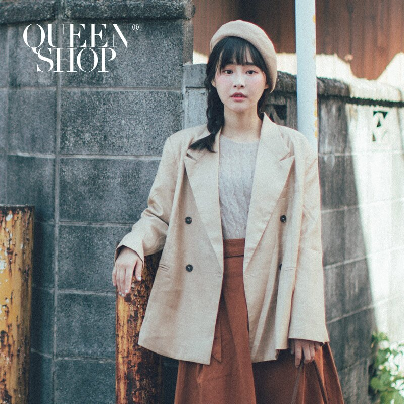 Queen Shop【02030350】寬版排釦西裝外套 兩色售*現+預*