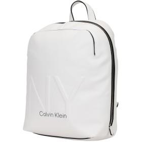 《セール開催中》CALVIN KLEIN レディース バックパック&ヒップバッグ ホワイト ポリウレタン 100% NY SHAPED BACKPACK