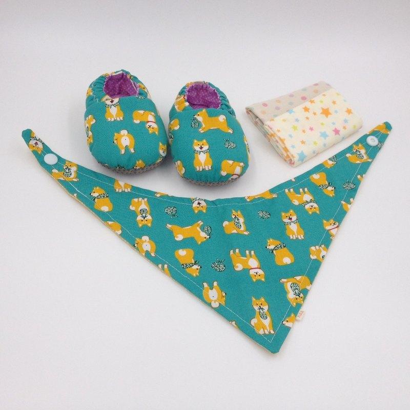 白眉柴犬(綠底)-彌月寶寶禮盒(學步鞋/寶寶鞋/嬰兒鞋+2手帕+領巾)