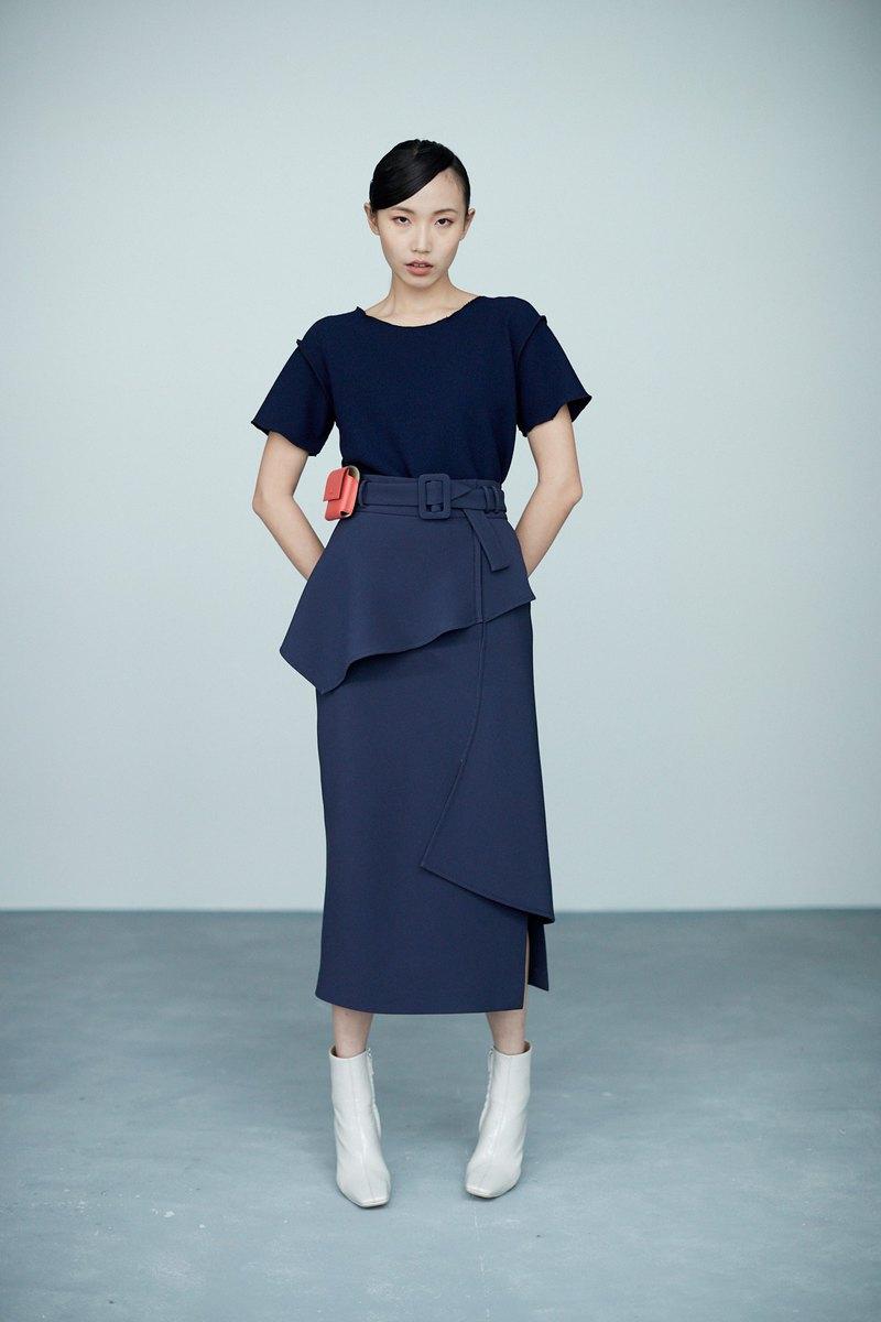 斜紋深藍多活片開岔窄裙