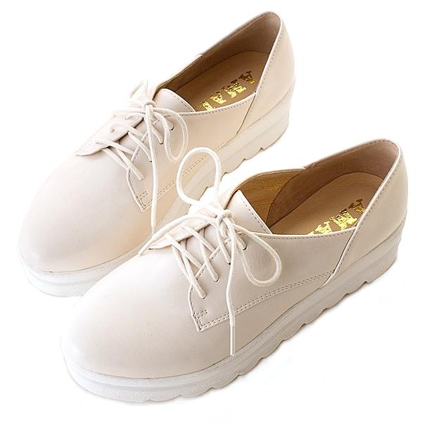 amai英倫牛津波浪綁帶厚底鞋 杏白