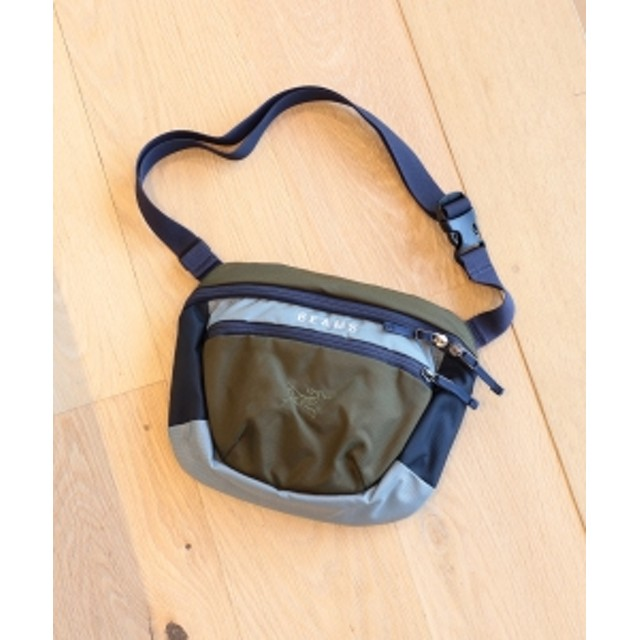 BEAMS ARC'TERYX × BEAMS / 別注 MAKA2 19FW メンズ ショルダーバッグ OLIVE/NAVY/GREY ONE SIZE