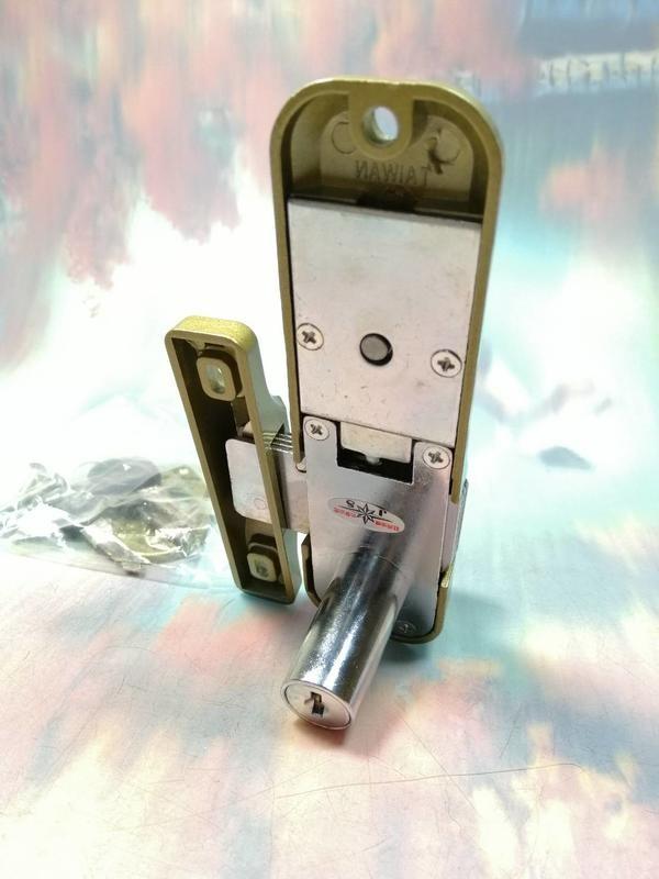 【虎王 鋁門鉤鎖1200型(拉門用) RH5198】322724 鋁門鎖 門鎖 鎖頭【八八八】e網購
