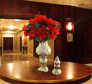 陶瓷客廳裝飾品電鍍擺件時尚家居現代藝術花瓶獎盃擺設