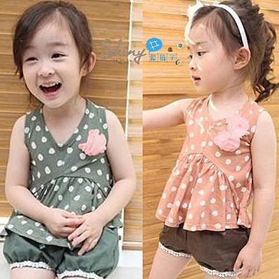 【R1486】shiny藍格子-嬰幼館.夏裝新款女童薄款胸花背心+短褲套裝