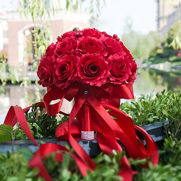 婚禮新娘結婚紅色中式花束影樓拍攝道具