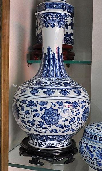 陶瓷仿古青花工藝 擺設 青花纏枝賞瓶