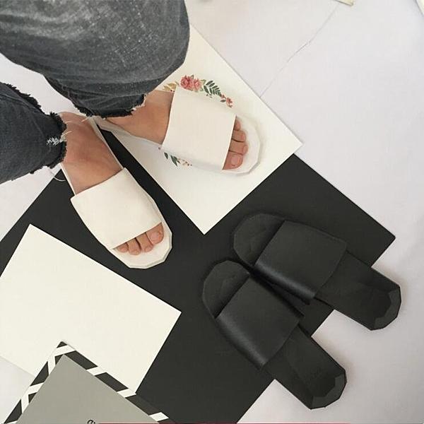 找到自己品牌 夏季男士 時尚潮流 高品質 復刻 簡約暗黑 情侶鞋 拖鞋