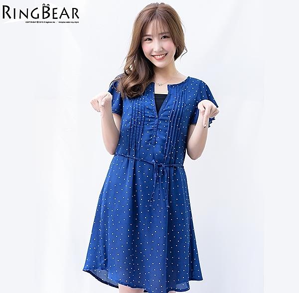洋裝--性感小心機輕甜滿點V領點點荷葉袖附綁帶雪紡洋裝(黑.藍XL-5L)-D409眼圈熊中大尺碼