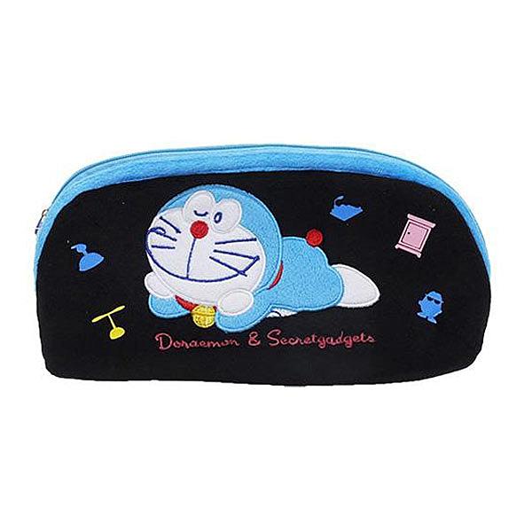 【日本進口正版】哆啦A夢 DORAEMON 黑色款 絨毛 筆袋 鉛筆盒 化妝包 收納包 小叮噹 - 150649