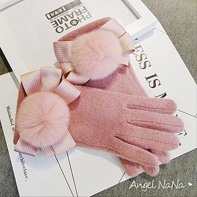 觸控手套。保暖內加絨蝴蝶結兔毛球羊毛羊絨全指分指女手套 (SHA0011) AngelNaNa