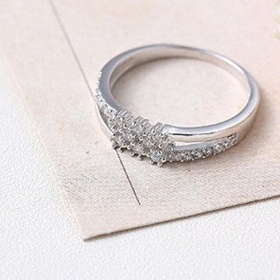 925純銀戒指 鑲鑽-擁有鑲鑽生日母親節禮物女配件73an4【巴黎精品】