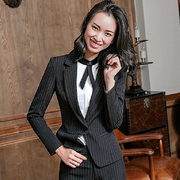 小三衣藏[8S003-PF]視覺顯瘦直條紋OL長袖西裝外套~上班/面試