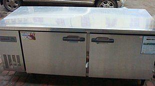 1.8米平面冷藏工作台/雙門保鮮操作台