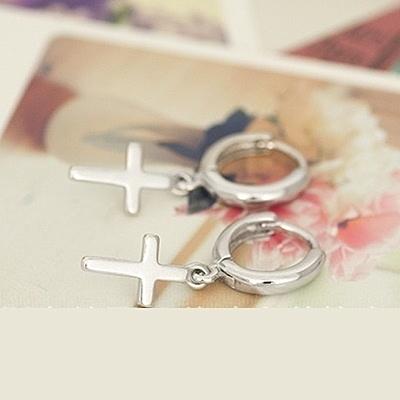 耳環 925純銀-十字架亮面情人節生日禮物女飾品73ia62【時尚巴黎】