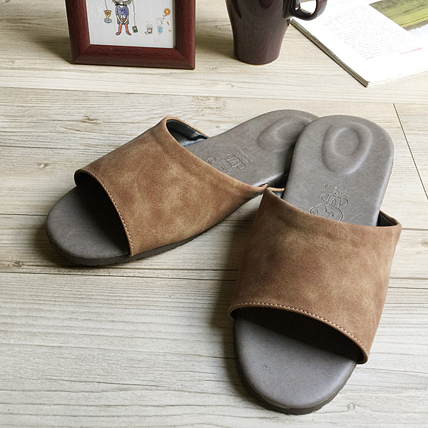 台灣製造-風格系列-麂皮紋皮質室內拖鞋-咖