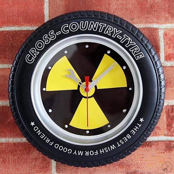 輻射 輪胎鐘 多功能造型時鐘/鬧鐘/掛鐘(可擺放、掛牆、具鬧鐘功能)-米鹿家居