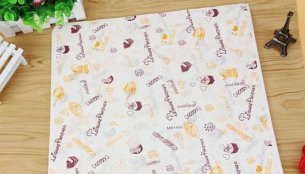 【甜手手】50張 26*36CM 蛋糕卷【K058】包装纸 蛋糕 托盤紙漢堡纸餐盤纸防油纸包装油纸