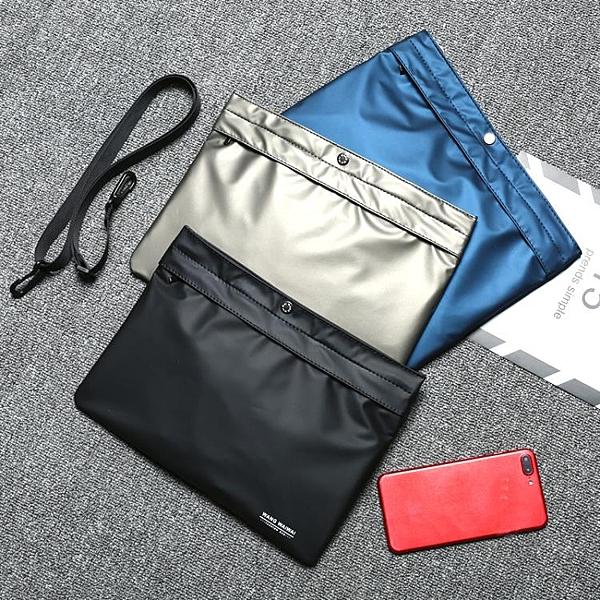 新款潮包男單肩斜挎包時尚簡約女手拿包學生小背包運動休閒包·金牛賀歲