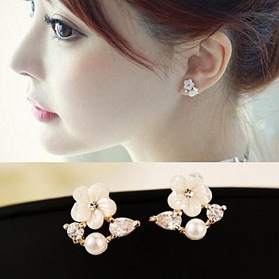 925純銀耳環 珍珠(耳針式)-鑲鑽貝殼花朵生日母親節禮物女飾品2色73ag185【巴黎精品】